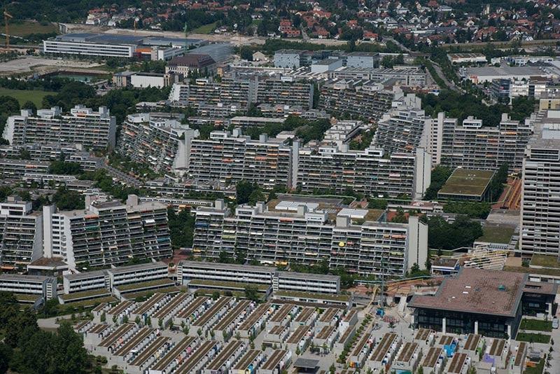 Foto vom Olympischen Dorf in München.